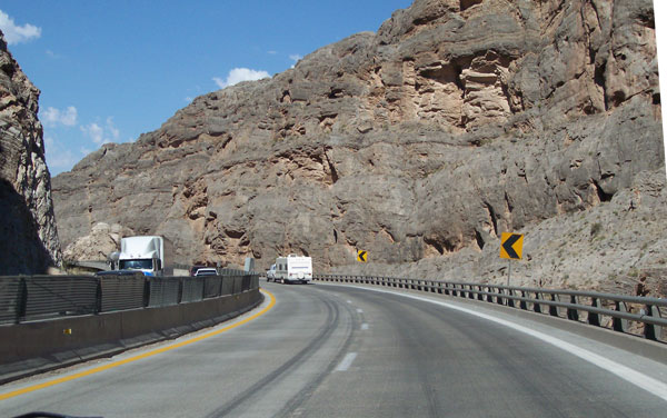 [I-15 in Virgin River Canyon]